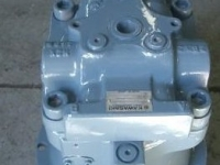slew-motor-to-suit-hitachi-ex210-5_101647-jpg