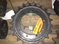 hitachi-ex120-ex135-sprocket-jpg
